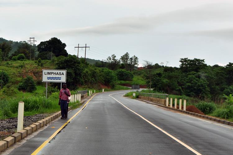 Limphasa river on Mzuzu-Nkhata Bay road